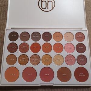 BH Cosmetics Nouveau Nuetrals Shadow and Blush